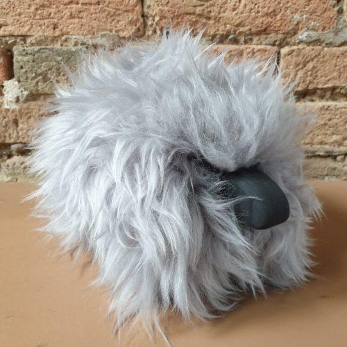 MiniSchaf Farbe grau – Dekoobjekt, Kuscheltier, Kinderzimmerschmuck – 106158