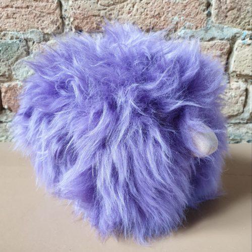 MiniSchaf Farbe viollet – Dekoobjekt, Kuscheltier, Kinderzimmerschmuck – 106155