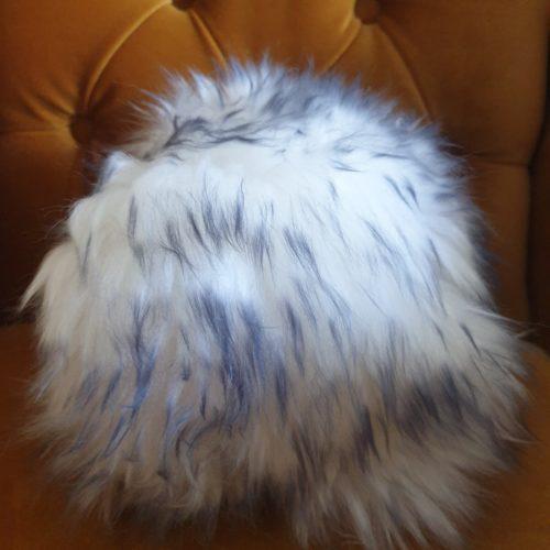 MiniSchaf Farbe weiß mit grauen Strähnen – Dekoobjekt, Kuscheltier, Kinderzimmerschmuck – 106500